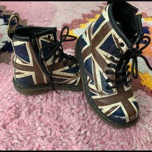 Dr. Marten Union Jack Boots